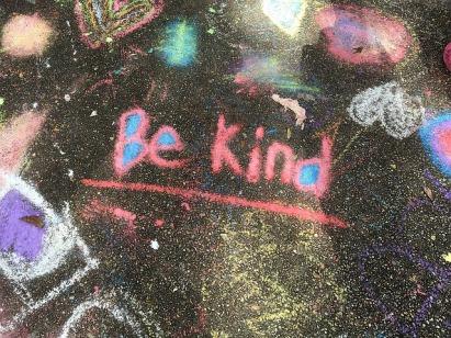 kindness-1197351_640